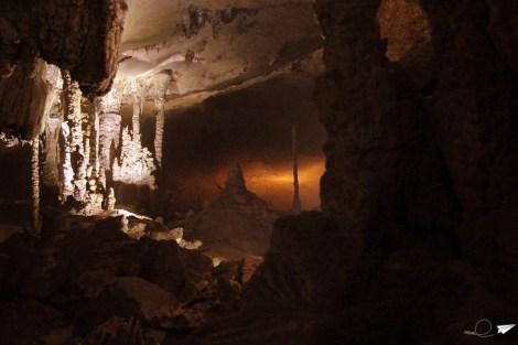 Cueva Kong Lor